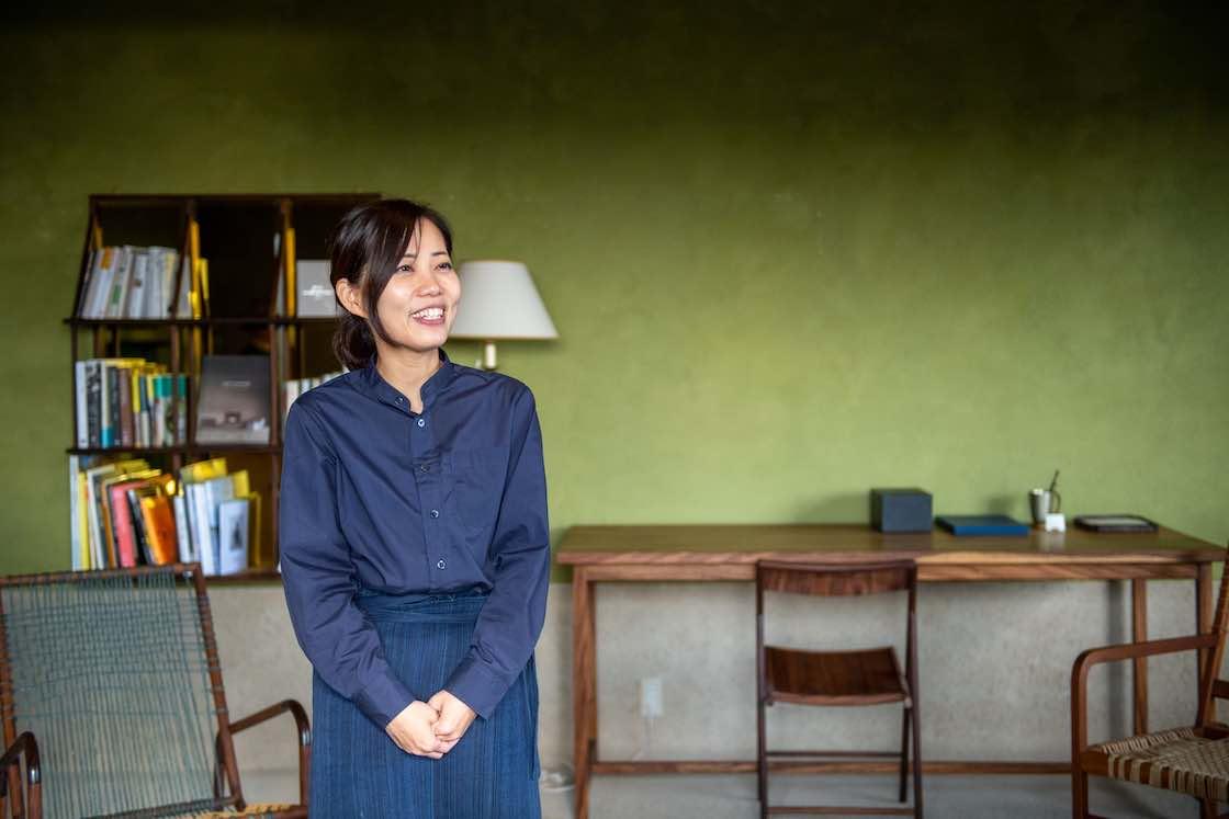 通訳兼サポート係として、共に仕事をした小林紀子さん