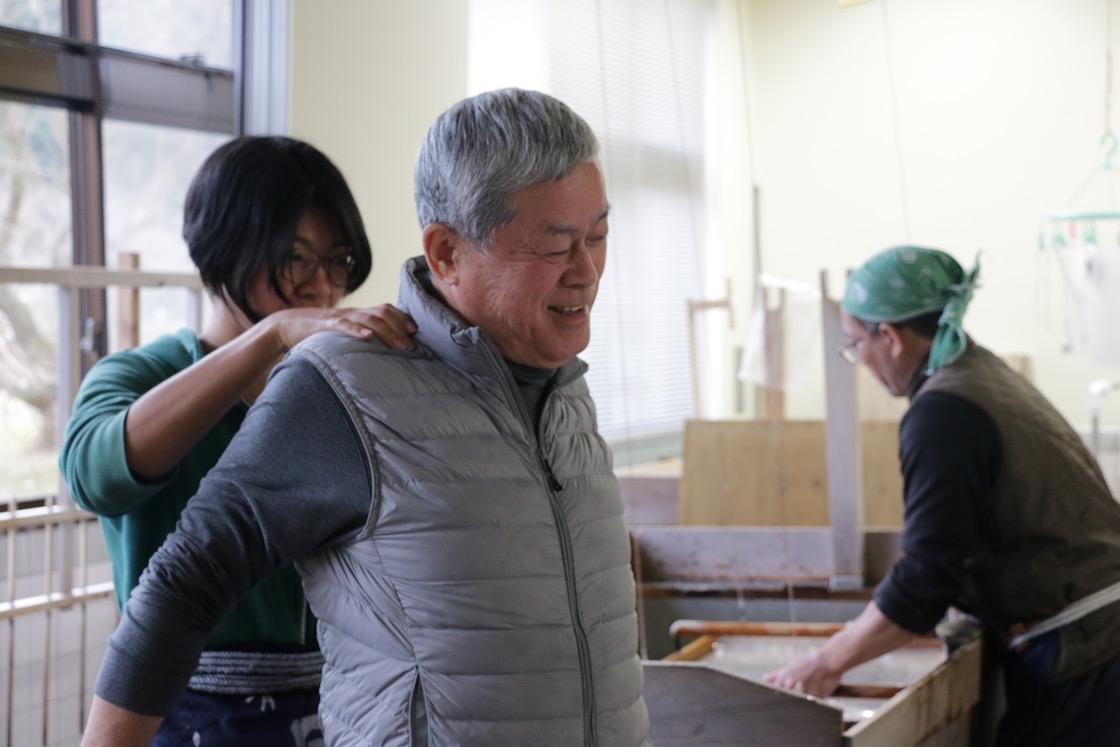 美濃手すき和紙協同組合 理事長の鈴木竹久さん