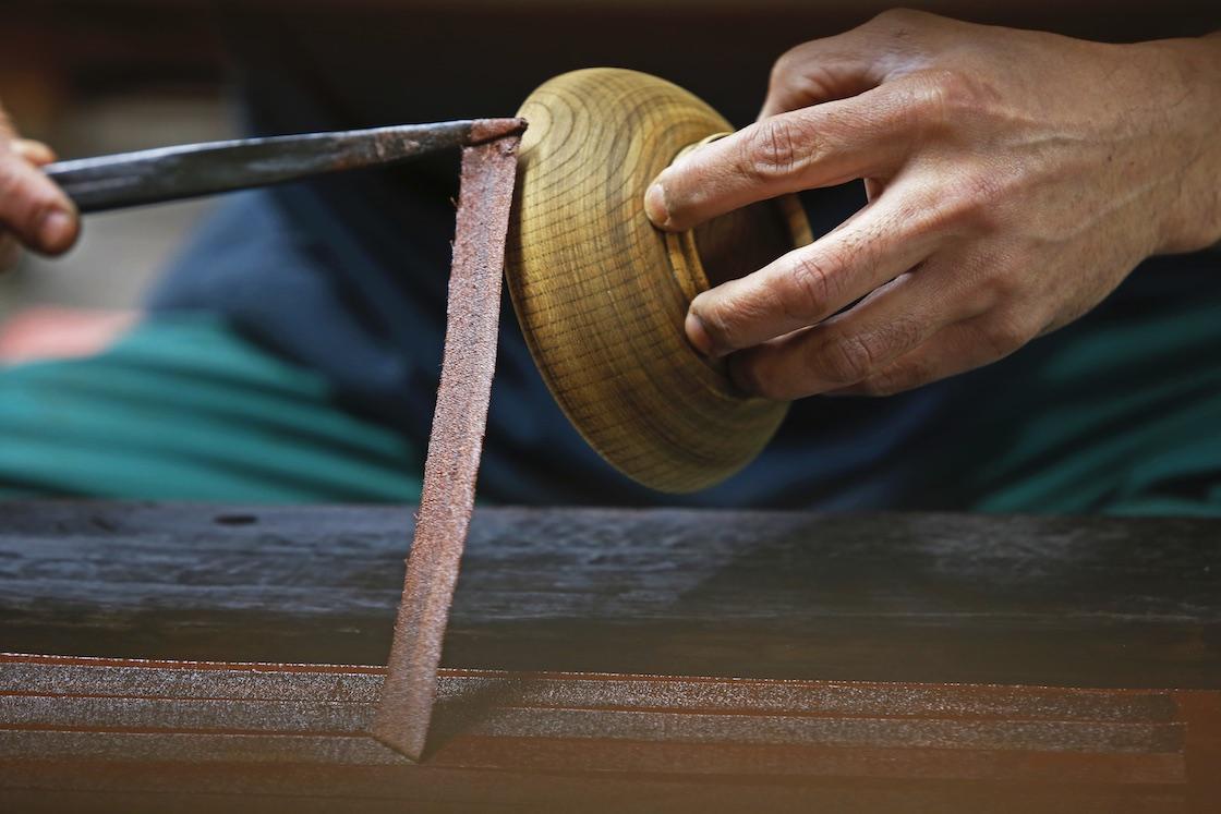 輪島塗の制作工程の様子