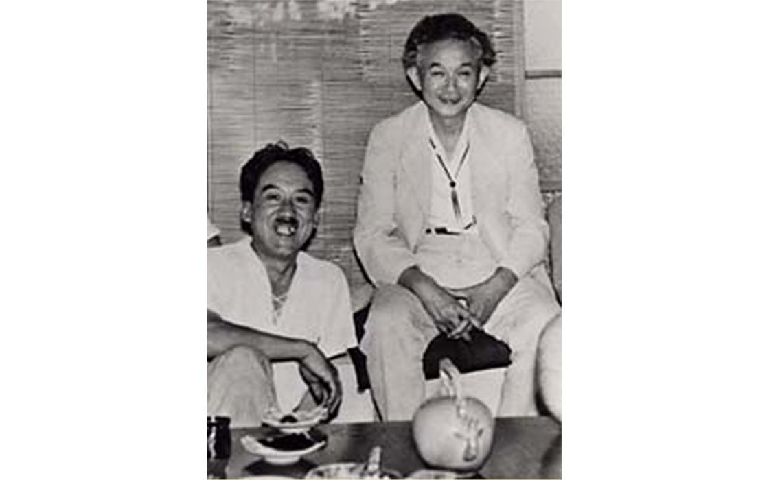 池田三四郎 (左) と柳宗悦 (右)