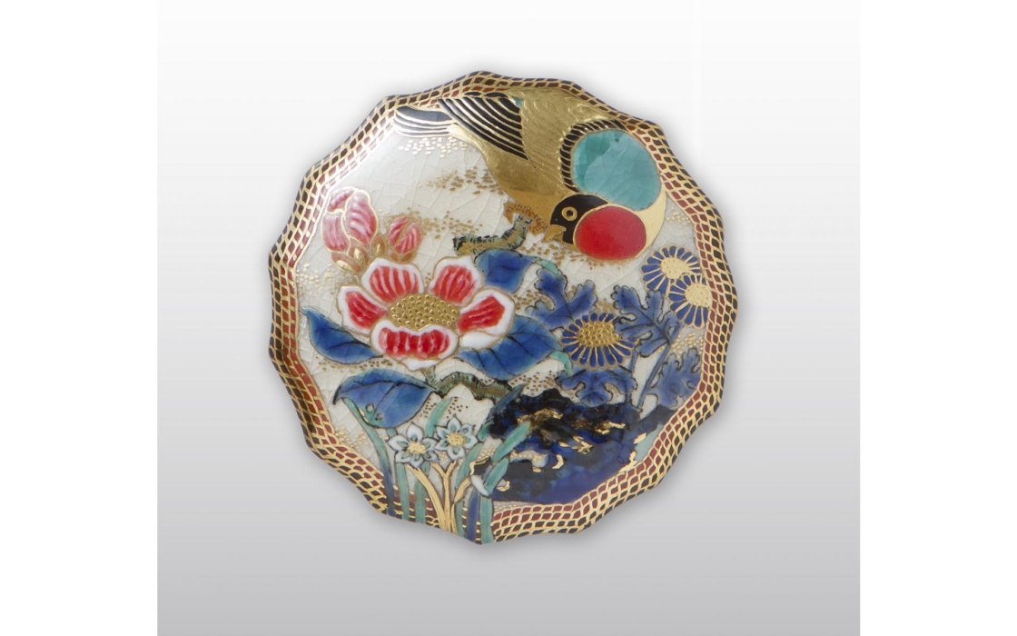 鹿児島県の伝統工芸品である「白薩摩」