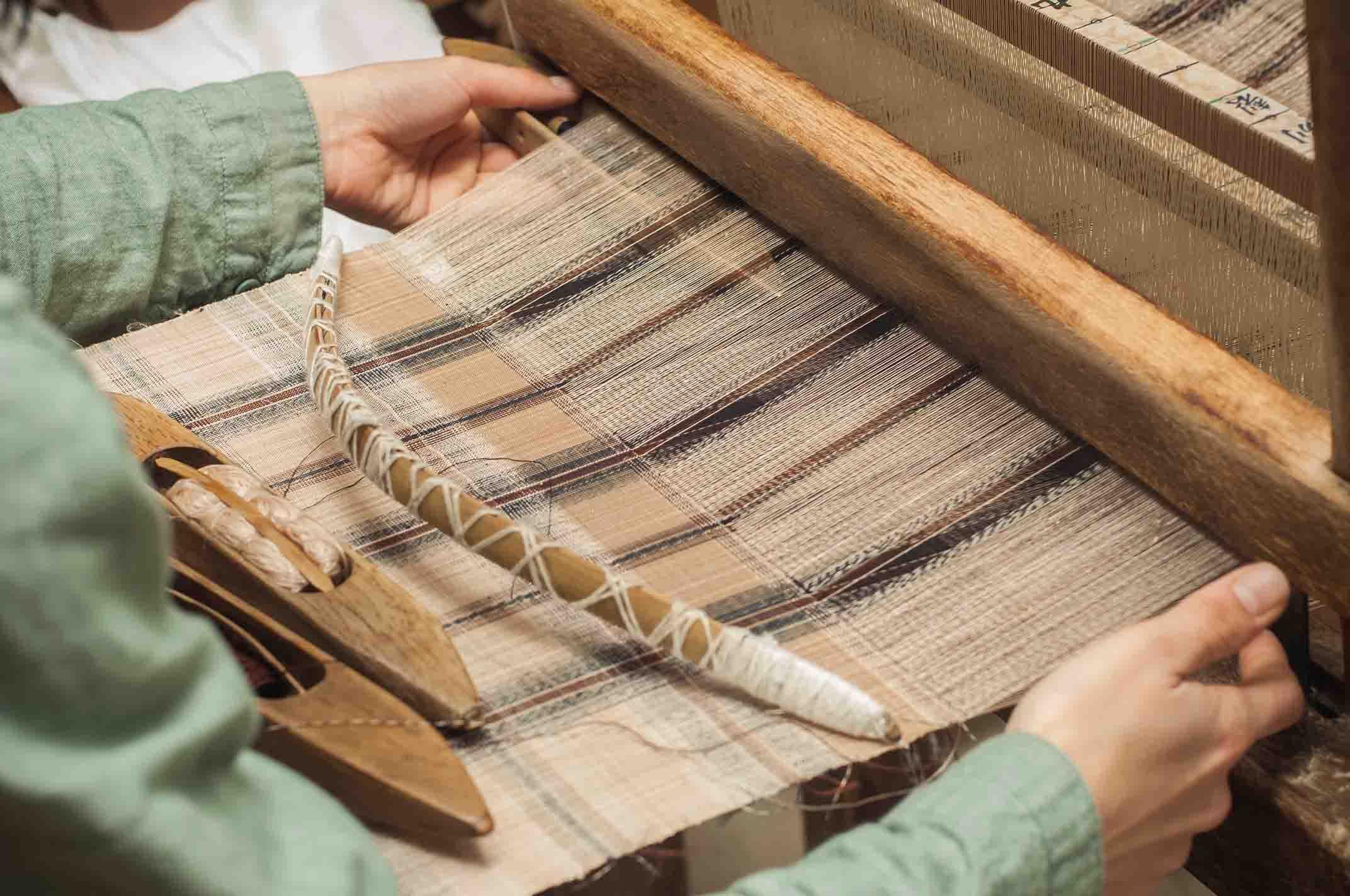 芭蕉布 織り