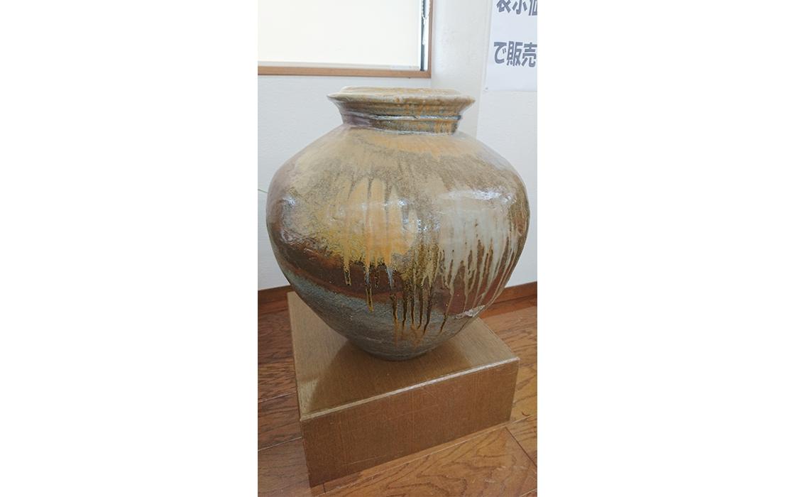 越前焼の壺