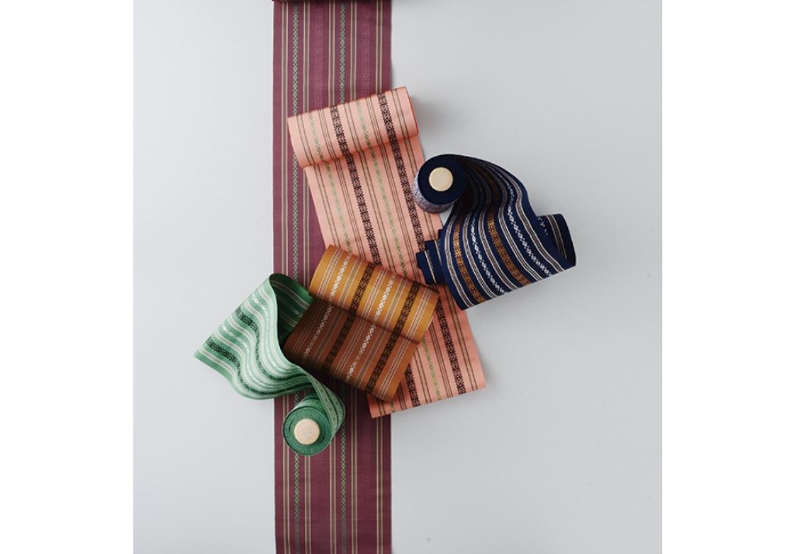 五色の博多織の帯