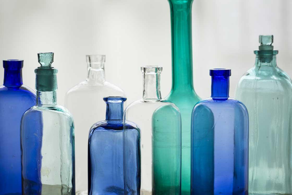 ヴィンテージのガラス瓶