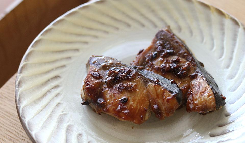 【わたしの好きなもの】丸秀醤油 八穀麹の調味料