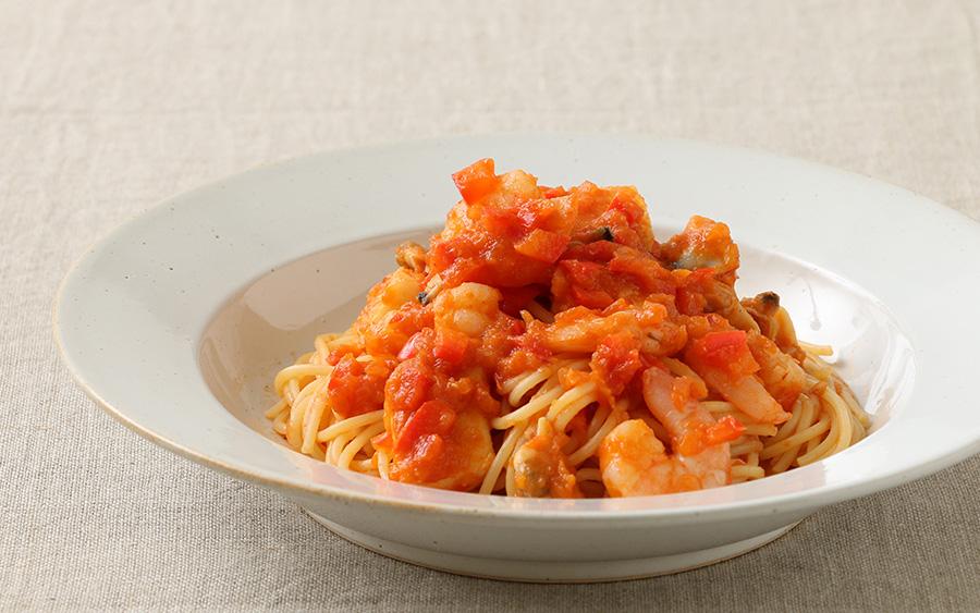 ピリ辛さっぱりトマトパスタ